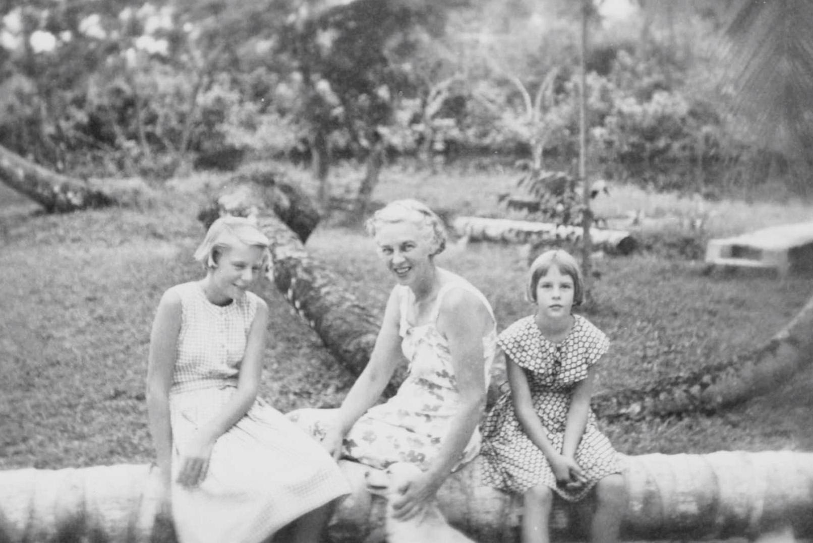 Berta, Mama, and Rita at  Casalata