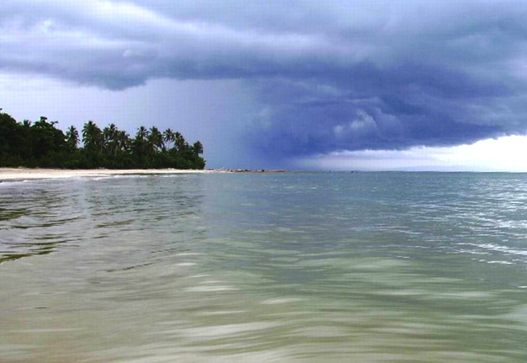Storm coming in, Playa Arriba (Miches)