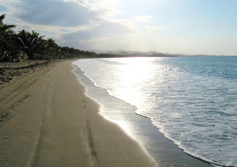 Cocoloco beach towards Miches2